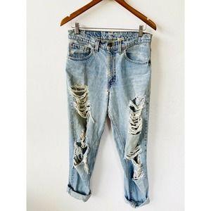 Vintage Levi's 550 Destroyed Mom Jeans Butt Rip 29